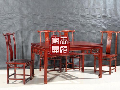 C-004仿古餐桌椅