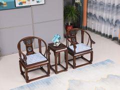 老榆木皇宫圈椅三件套